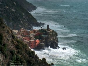 The townn of Vernazza_from treking in cliffs