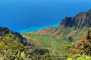 From summit to seaside, Kalalau lookout